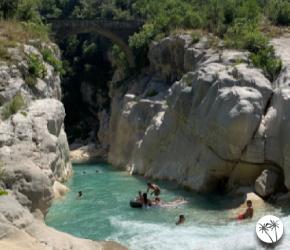 Se baigner en rivière dans les Alpes Maritimes